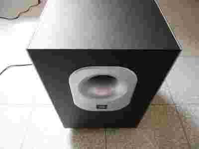 sprzedam subwoofer jbl model sub 140 230. Black Bedroom Furniture Sets. Home Design Ideas
